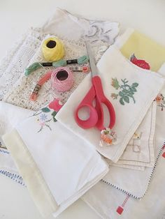 table runner from vintage linens, lace embroidered bits and so forth-tutorial @ dottie angel