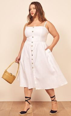 d2ced29daf Plus Size White Summer Dress Bold Fashion, Curvy Fashion, White Dress  Summer, Plus