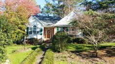 Wonderful 3 BD ranch style home for sale in the Lochmere subdivision of Cary North Carolina! Will go live around the 6th of December 2015! It could be your perfect Christmas Gift!
