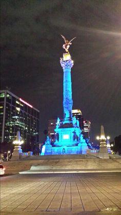 #Angel de la Independencia iluminado #México