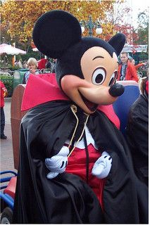 Everything about Mickey, Mickey costume and Mickey mascot head, pls visit http://www.hallowmascots.com/category/disney-series.html