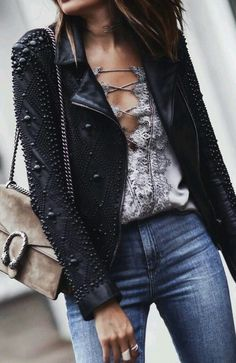 embellished leather jacket Fashion leather articles at 60 % wholesale discount prices - TayaAlexus - Mode Looks Street Style, Looks Style, Look Fashion, Fashion Outfits, Fashion Trends, Casual Outfits, Cute Outfits, Inspiration Mode, Fashion Inspiration