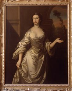 Beauty: Tragic Maria Gunning, the former Countess of Coventry was the 18th century celebrity who made men faint in awe of her beauty but her love of lead-based make-up stole her looks and eventually killed her