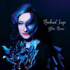 http://polyprisma.de/wp-content/uploads/2015/09/Rachael-Sage-Blue-Roses.jpg Rachael Sage - Blue Roses http://polyprisma.de/rachael-sage-blue-roses/ Blue Roses von Rachael Sage ist eins jener Alben, bei denen es mir schwer fällt, viel zu sagen, weil es so gut ist. Es ist eins jener Alben, bei dem ich vom ersten Song an weiß, dass es besonders ist. Blue Roses ist ein Album mit dem Gefühl, vormittags draußen zu sitzen, Kaffee in der Hand, die S...
