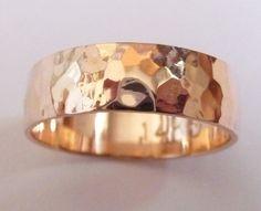Men rose gold wedding band hammered wedding ring 6mm door havalazar