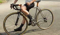 Dario Socks Black Dots  • Comfort Fit & Stretch Fabric • Dry Fast with Dryarn® • Thermo Regulating • Made in Italy Black Dots, Stretch Fabric, Socks, Italy, Fit, Italia, Shape, Sock