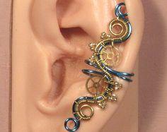eléctrica STEAMPUNK oído pun ¢ o - latón y pun ¢ o de la oreja azul hielo, no piercing del oído del pun ¢ o, joyería steampunk, manguito de oreja ajustable, engranaje oído manguito