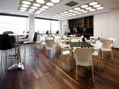 Galiane, meubles et mobilier design : chaises, fauteuils, tabourets de bar, tables  http://www.mobilier-hotel-bar-restaurant.com/fauteuil-pour-salle-d-attente-ola-natural-p498.html