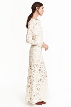 Long lace dress: Long dress in stretch lace with ribbon appliqués, a round neckline with buttons at the back, long sleeves and a cut-out section at the back. Partly lined in jersey. Elegant Dresses, Casual Dresses, Wedding Dress Accessories, Stretch Lace, Lace Dress, Lace Maxi, Dress Long, Ideias Fashion, Party Dress