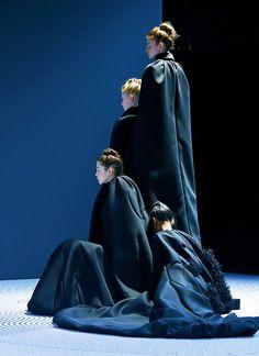 Viktor & Rolf Haute Couture Fall 2013.