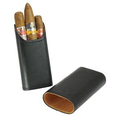 The real black leather adds durability and masculinity to this cigar case, featuring a flexible divider system so you can adjust your cigars. The stunning interior is crafted of Spanish cedar for a hi