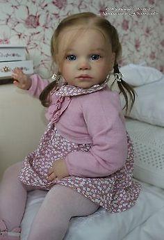 Reborn niña Suave Emilia, Kit Gabriella por Regina Awialkowski.