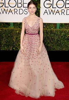 Anna Kendrick - Golden Globe Awards 2015