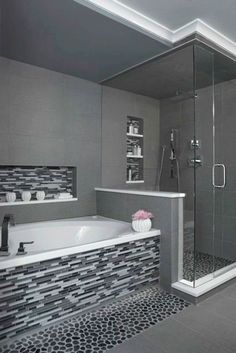 nice 39 Adorable Mosaic Marble Shower Tile for Your Bathroom https://matchness.com/2017/12/22/39-adorable-mosaic-marble-shower-tile-bathroom/