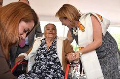 Rocío Beamonte Romero, en compañía de Germán Mendoza Rivera, jefe de la Unidad de Asistencia e Integración Social del DIF Nacional y de Alison Mary Sutton, representante adjunta de la ...