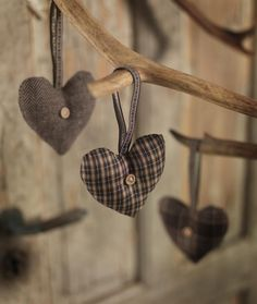 brown & plaid hearts with button center
