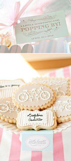 Delicate tandem bike cookies