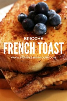 The PERFECT French Toast for any morning (or dinner)...it is tender, sweet and SO GOOD!! . #breakfast #frenchtoast #recipe #sparklesnsprouts