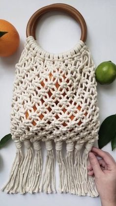 Discover recipes, home ideas, style inspiration and other ideas to try. Macrame Purse, Macrame Knots, Macrame Bracelets, Macrame Supplies, Macrame Projects, Macrame Wall Hanging Patterns, Macrame Patterns, Deco Boheme, Macrame Design