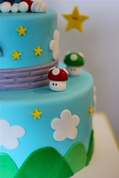 Super Mario Cake like the simpleness of it Mario Party, Mario Birthday Party, Birthday Parties, Super Mario Torte, Bolo Super Mario, Luigi Cake, Mario Bros Cake, Mario Bros Kuchen, Fondant Cakes