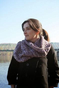 Knitting With Sandra Singh: Ward Off the Chill in the Air with a Cowl