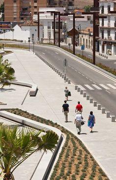 600 16 Mariñas, José Carlos El jardín de Umm Hakim. Espacio público sobre la desembocadura del Rio de la Miel. Algeciras.