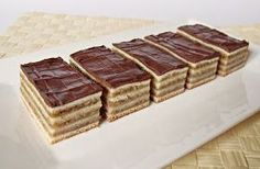 Hungarian Desserts, Hungarian Recipes, Cheesecake Pops, Breakfast Recipes, Dessert Recipes, Walnut Cake, Traditional Cakes, Love Food, Keto Recipes