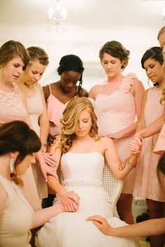 Christian Wedding Ideas: Bridesmaids prayer. Jessica Crews Photography