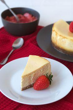 New York Cheesecake - Golosos del Mundo Cheesecake, New York, Desserts, Food, World, Pies, Pastries, Cookies, Easy Recipes