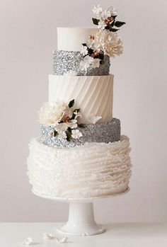 White and Silver Wedding Cake//