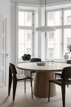 Home sweet home Stockholm Apartment Styled by Lotta Agaton Design. architecture Agaton Apartment Design Home Lotta residential Architectural Style Stockholm Styled sweet Visual