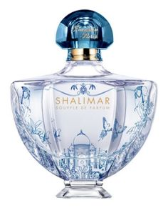 Shalimar Souffle de Parfum Edition Limitée Guerlain ~ The nose behind this fragrance is Thierry Wasser. Top notes are bergamot, lemon and mandarin orange; middle notes are jasmine sambac and orange blossom; base notes are white musk, tahitian vanilla and Indian vanilla.