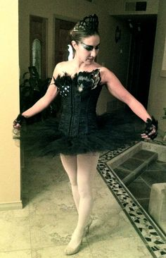 Black swan diy costumes this is more for me then the kids but oh homemade black swan costume idea solutioingenieria Image collections
