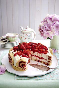 Charlotte Royale (Swiss Roll Cake) Recipe on Yummly. @yummly #recipe