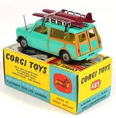 Corgi Toys 485 Mini Countryman with sufer and surfboards -rare cast wheeled variant