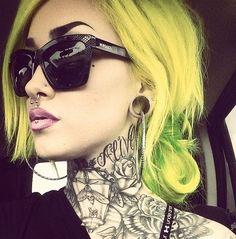 neck-tattoos-women-grayscale
