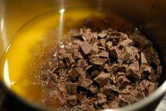 Verdens beste sjokoladekake | Verdens Beste Kake Food And Drink, Chocolate, Breakfast, Morning Coffee, Chocolates, Brown