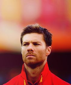 How do you look so perfect, even in a track jacket? Xabi Alonso, World Population, Strawberry Blonde, Genetics, Auburn, Mustache, Redheads, Blue Eyes, Red Hair