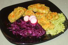 Brokolici rozkrájíme na růžičky a 1 minutu povaříme. Pak ihned scedíme a ochladíme studenou vodou. Připravenou brokolici a cibuli nasekáme...