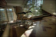 Abandoned Art Deco Sanatorium, France - 10 Abandoned Art Deco Buildings of the World