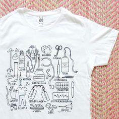"""9f9979590 Empezamos el día con nuestro mundo resumido en una camiseta apurada!😂💕  Disponible en nuestra tienda online!🔝…"""""""