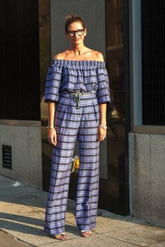 See How To Wear An Off-The-Shoulder Jumpsuit Like Jenna Lyons