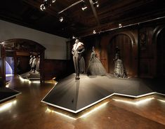 Exhibition Design, Environment Graphics, Branding and Collateral Design by Tsang Seymour.Lighting by Leni Schwendinger Light Projects LTD.Projects shown with permission, Cooper-Hewitt National Design Museum.Photos courtesy Cooper-Hewitt National Desig…