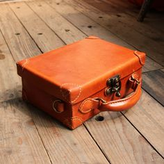 Leather box case by Fungus Workshop