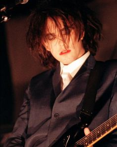 Robert Smith... The Cure