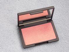Sleek blush in Rose Gold. This blush, ladies, is everything!