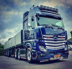 53 Likes, 2 Comments - Trucks & Cars (original) ( on Insta. Mercedes Benz Trucks, Volvo Trucks, New Trucks, Cool Trucks, Mobile Marketing, Classic Trucks, Classic Cars, Mercedes Actros, Old Lorries