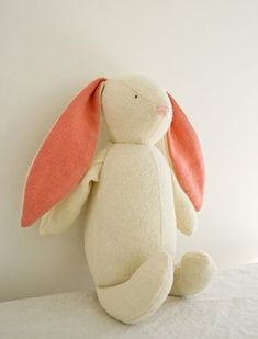 Free Stuffed Bunny Pattern Purl Bee, Craft Patterns, Sewing Patterns Free, Free Sewing, Free Pattern, Plushie Patterns, Softie Pattern, Sewing Stuffed Animals, Stuffed Animal Patterns