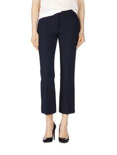 Tara Jarmon -housut ja muut laadukkaat tuotteet löydät stockmann.com-verkkokaupasta. Valitse mieleisesi ja tilaa!