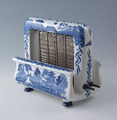 Toastrite Blue Willow Porcelain Toaster